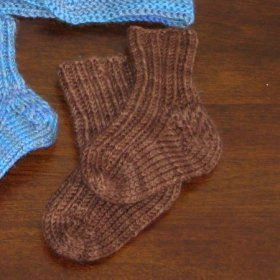 FREE TUBE SOCK CROCHET PATTERN | Easy Crochet Patterns
