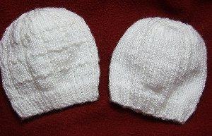 Simple Lines Baby Hat | AllFreeKnitting.com