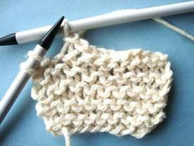 How to Cast Off / Bind Off - Knitting Instructions from