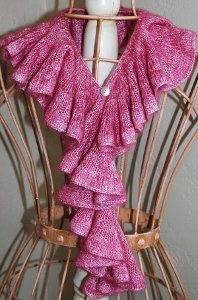 If you like this project, check out more ruffle scarves: