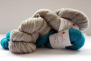 Anzula Hand Dyed Dreamy Yarn